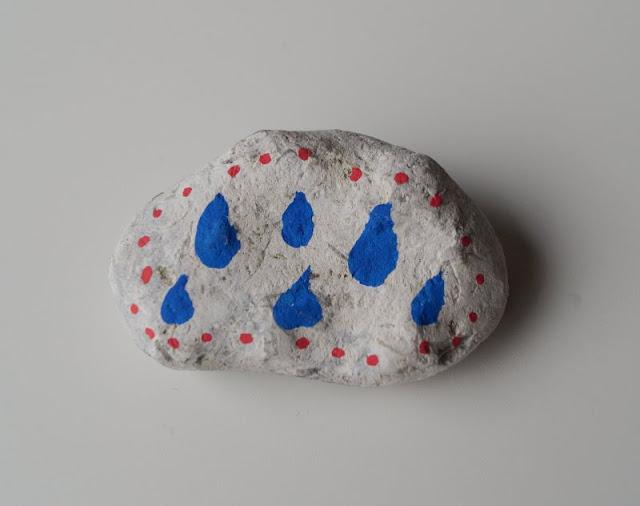 DIY: Steine mit Stiften bemalen - Tipps für Anfänger. Ich zeige Euch auf Küstenkidsunterwegs das Bemalen der Steine mit Stiften von Posca und gebe Euch gute Tipps!