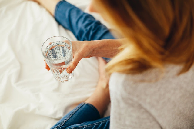 5 Reasons You Should Drink Water In The Morning In An Empty Stomach