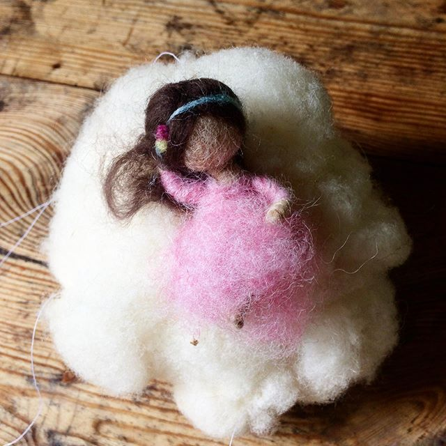 Wolkenkind aus Wolle
