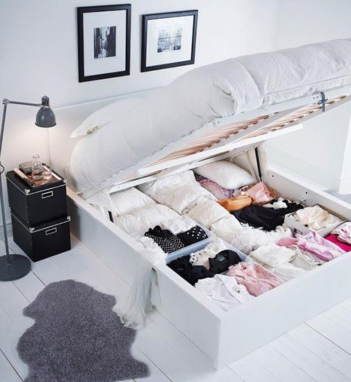 lit coffre qui se soulève avec espace de rangement pour petits espaces et gain de place