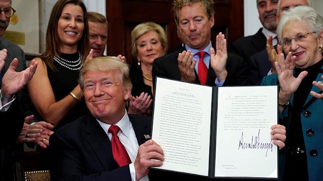 """Trump está """"arrancando el proceso"""" de revocar """"Obamacare"""""""