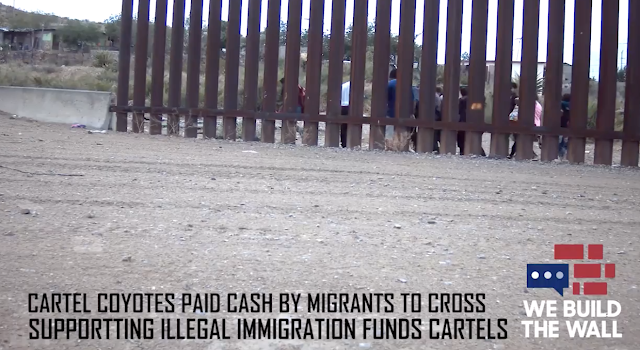 Exclusive Video: Migrants Paying Sinaloa Coyote Cash Before Crossing The Border