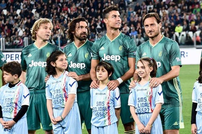 """Kinh điển đối đầu Ronaldo – Pirlo: """"Trò"""" CR7 ghi bàn nhiều gấp 7 lần """"thầy"""" 2"""