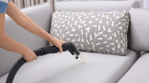 Get Your Upholstery Refurbished With Professional Cleaning Methods