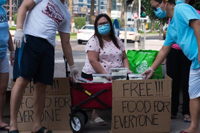 Unemployed Filipina feeds other jobless expats in Dubai
