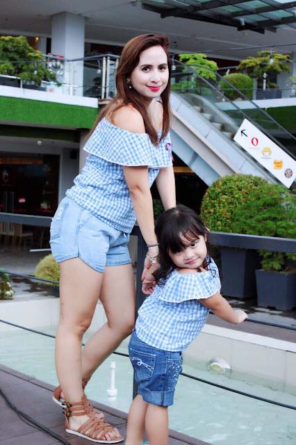 motherand daughter.jpg