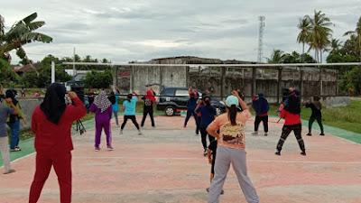 Tingkatkan Daya Tahan Tubuh, Desa Padaloang Gelar Senam Sehat
