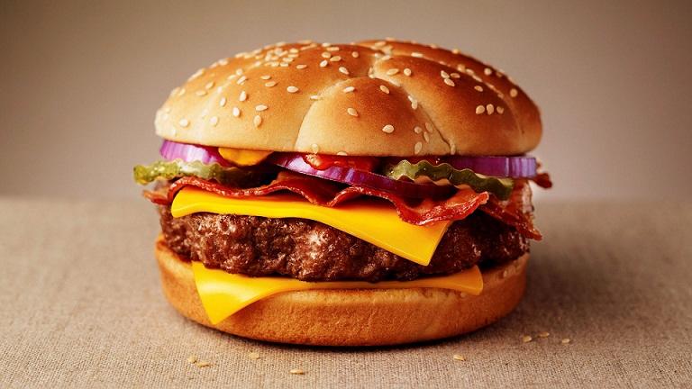 Mengonsumsi Makanan-makanan Ini Bisa Bikin Kita Bodoh
