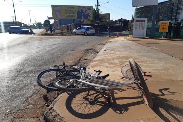 Ciclistas ficam feridos após acidente na Avenida Rio de Janeiro