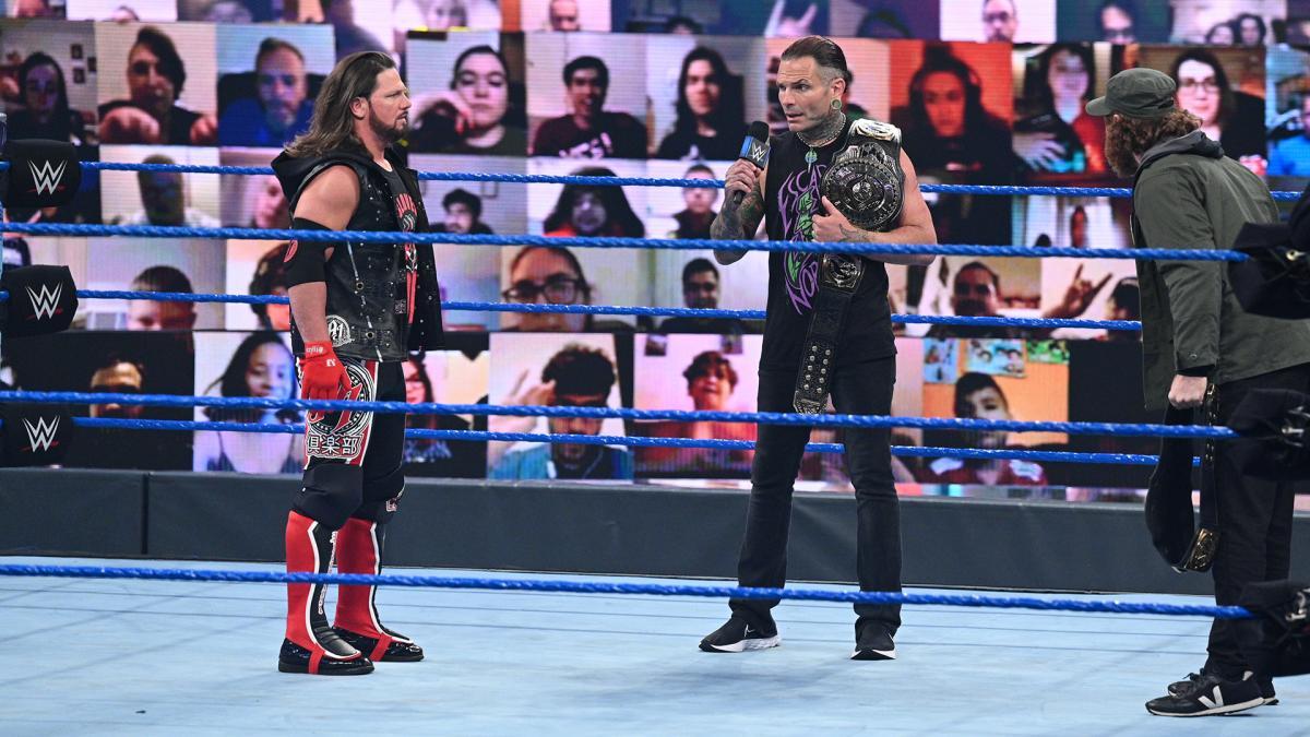 Grande luta tripla deverá acontecer pelo WWE Intercontinental Championship no Clash of Champions