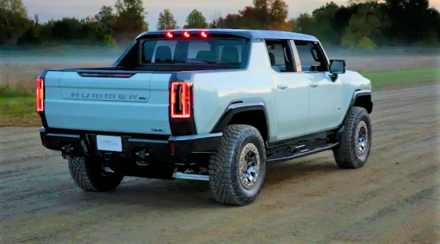 """world's first supertruck Hummer EV revealed : interior ,exterior ,battery capacity,powered by Unreal Engine's """"human-machine interfaces (HMI)""""."""