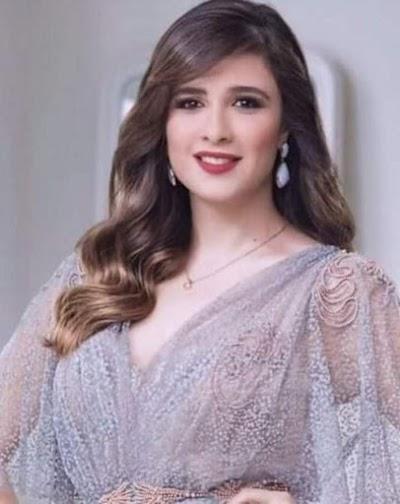 خروج ياسمين عبد العزيز من العناية المركزة لكن لا زيارات