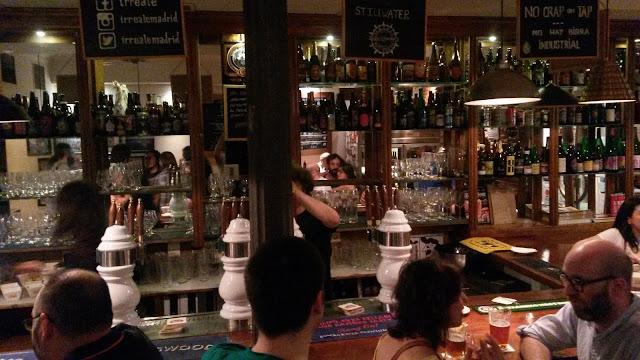Barra del Irreale cervezas, Tusolovive Madrid