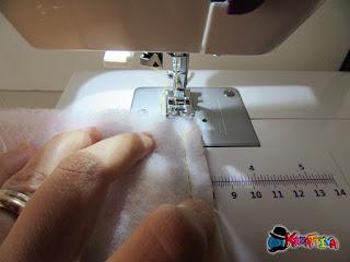 Cucire le 4 parti insime (tessuto + imbottitura)