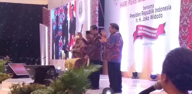 Presiden Jokowi: Media Arus Utama Harus Jadi Pengendali