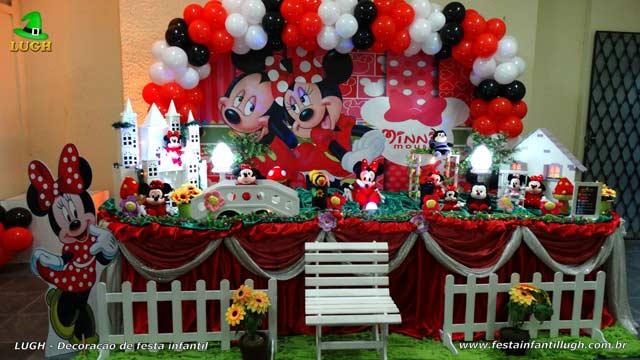 Decoração temática de 1 ano Minnie vermelha