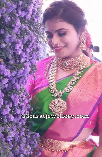 Bride in Kundan Mango Mala