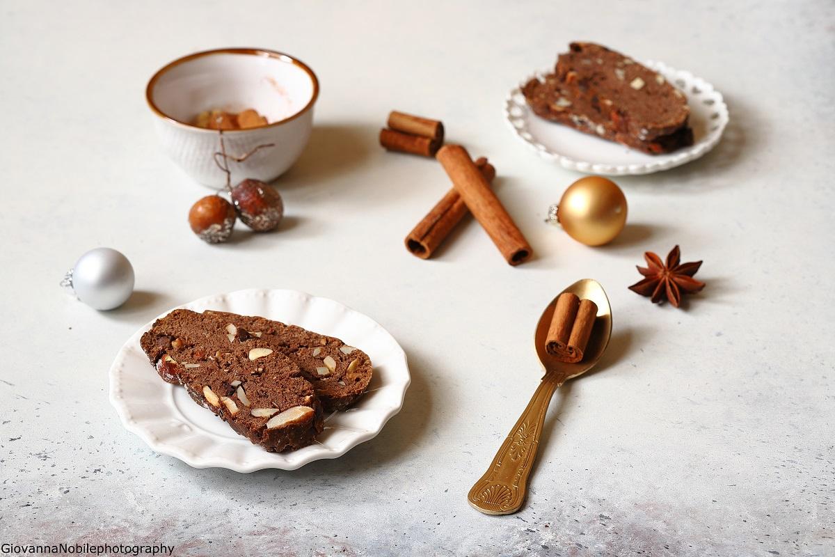 Cantuccini al cioccolato e spezie