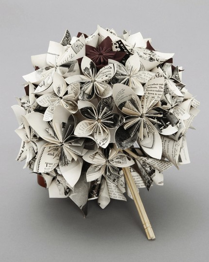 Curly Fries: GLAMOROUS ACCESSORIES: Origami Paper Flower ... - photo#16