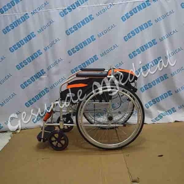 dimana beli kursi roda ban standar