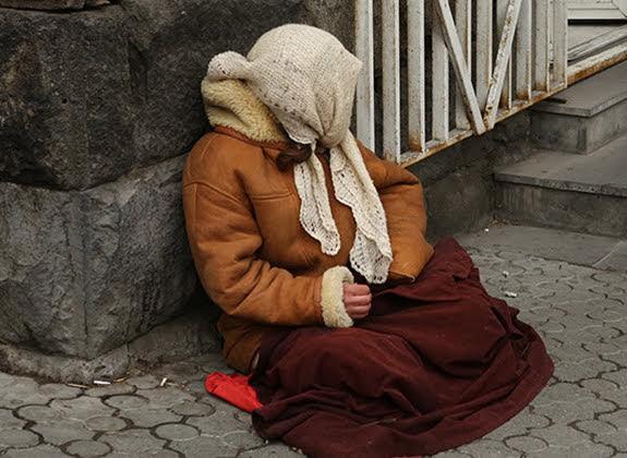 Crece el número de personas sin hogar en Armenia