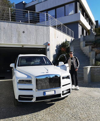 Cristiano Ronaldo: A new car joins the fleet of cars .. Do you know the type?