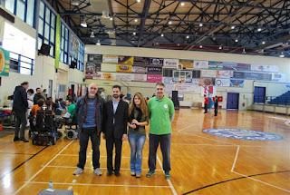 Ο ομοσπονδιακός προπονητής κ. Τζίμας, ο Προπονητής του Τυρταίου Μιχάλης Νικόπουλος, ο Αντιπρόεδρος του Τυρταίου Βαγγέλης Αυγουλάς και μέλος του Σωματείου Γεωργία Παναγιωτοπούλου