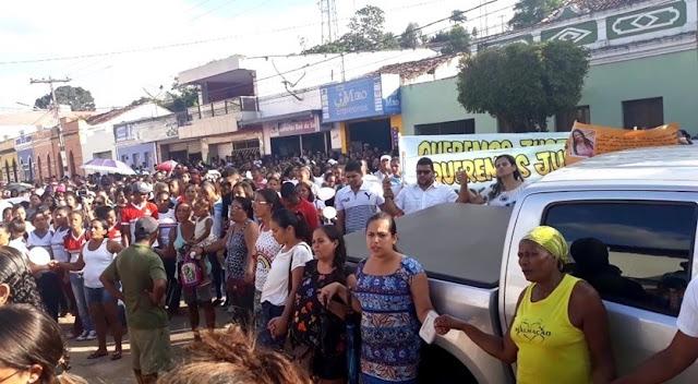 Caso Irmã Sara: Milhares de pessoas participam de caminhada em Paudalho