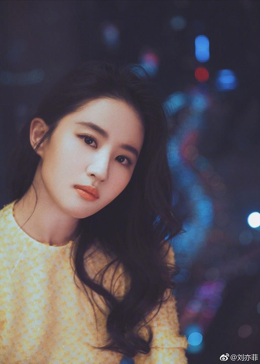 Liu Yifei (Crystal Liu)