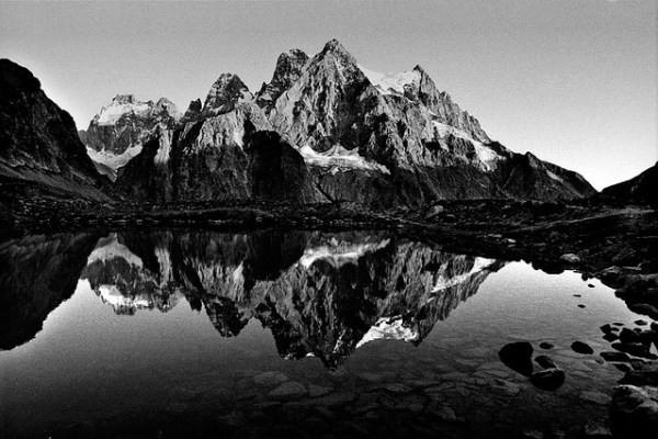 25 Gambar Pemandangan Hitam Putih Hd Yang Indah Gambar Pemandangan
