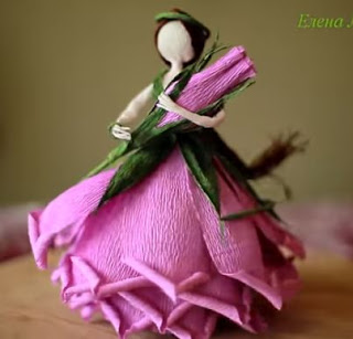 Muñecas-con-forma-flor