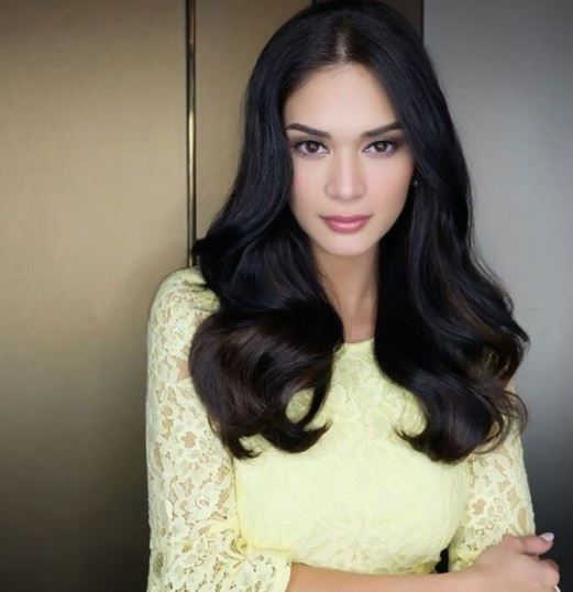 Miss Universe Pia Wurtzbach Gush Over Angel Locsin After She Received A Gift From Her! WATCH IT HERE!