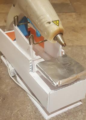 Hot Glue Gun Holder - Coroplast DIY - CoroplastCreations.com - HalifaxSportsPhotos.ca