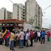 Jubilados de Pdvsa en el Zulia exigen pago de sus bonos en dólares
