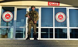 Τουρκία: Νέα εντάλματα σύλληψης σε βάρος 99 ατόμων για το πραξικόπημα