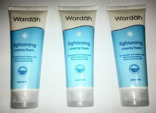 Review Wardah Lightening Creamy Foam, Harganya Berapa Sih?
