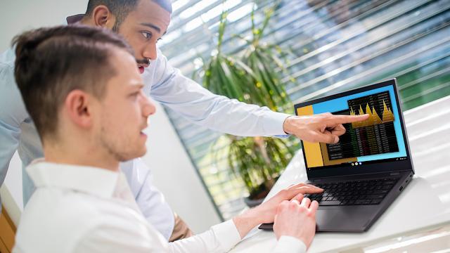 Computação móvel inteligente apresentada pelos mais recentes computadores portáteis ThinkPad