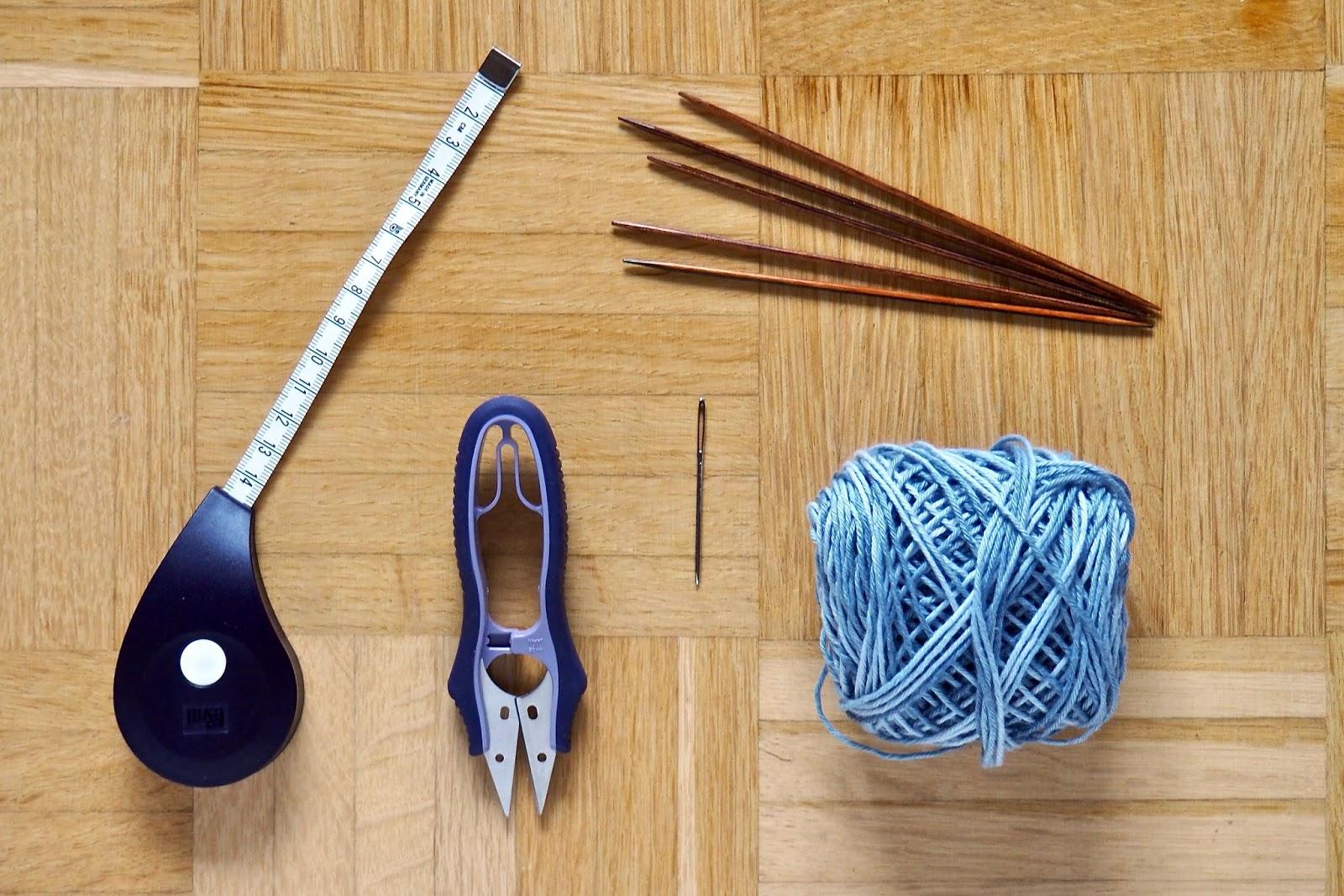 Prym Rollmaßband, Prym Fadenschneider, Knitpro Nadelspiel, ricodesign cotton baby