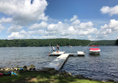 A pier and a boat at Deep Creek Lake