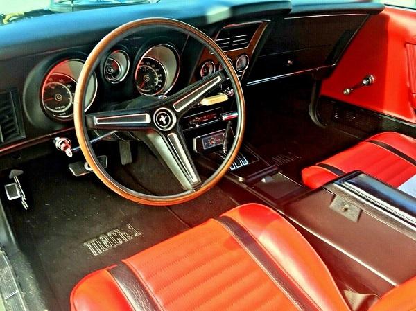 Ford Mustang Mach 1 de 1971 de Rápido y Furioso