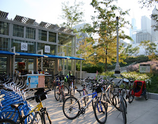 Cyclists in Chicago use a Bike Centre