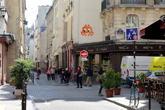 Sunday Street Art : Invader - rue Quicampoix - Paris 3
