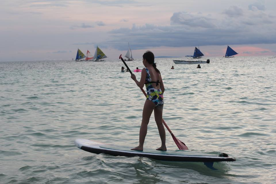 stand-up paddle in the beautiful Boracay beach