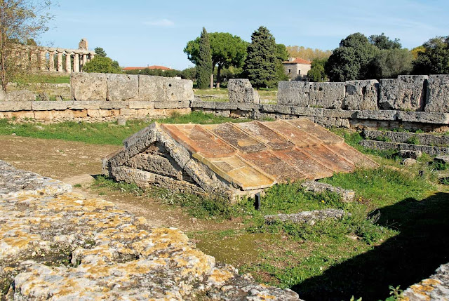 New excavations started at the famous Heroon in Paestum