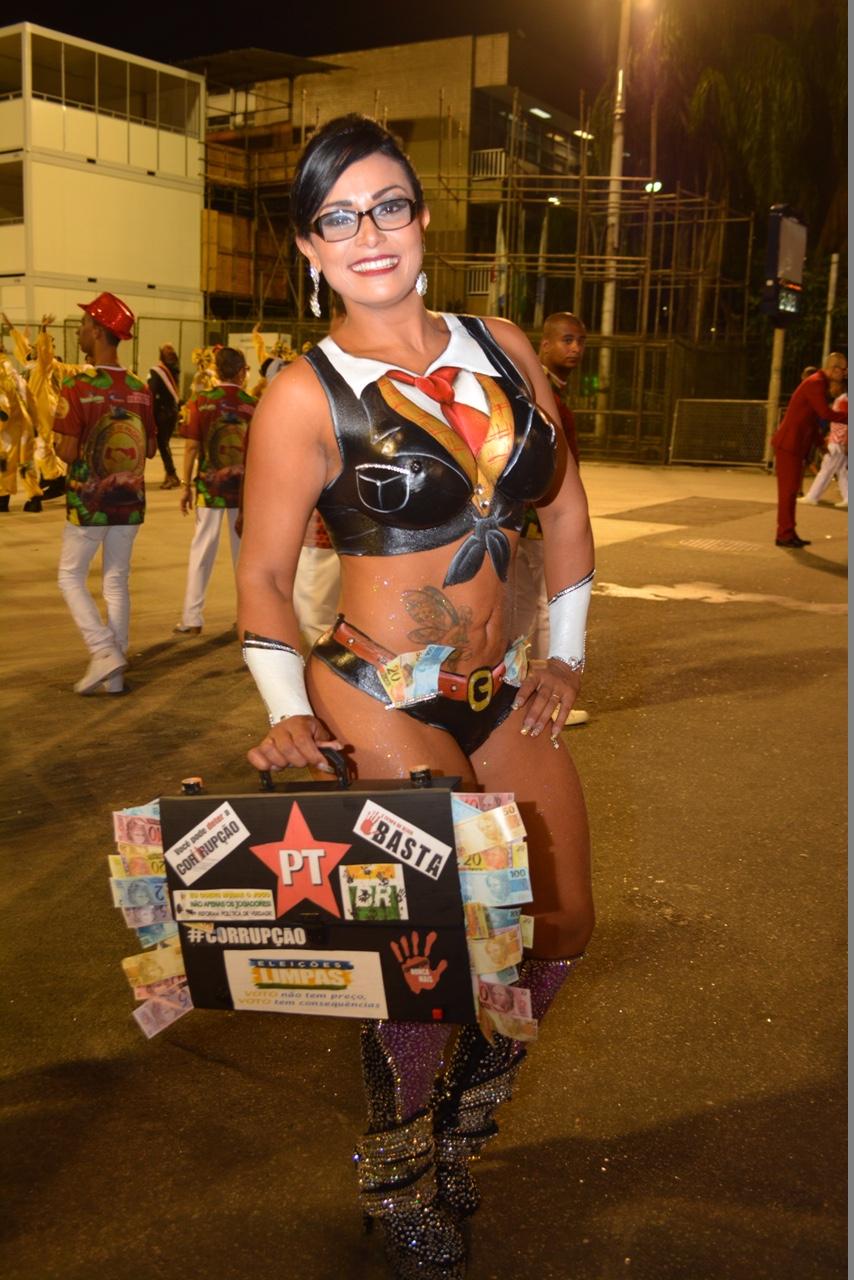 Andreia Martins Nude Photos 100