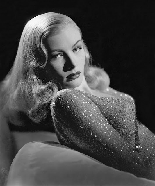 1941. Veronica Lake - publicity photo for Paramount