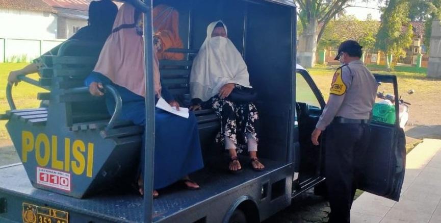 Polisi Sediakan Fasilitas Antar Jemput Lansia Yang Akan Vaksinasi