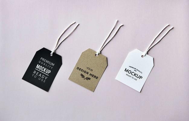 Desain Premium Hang Tag Mockup PSD