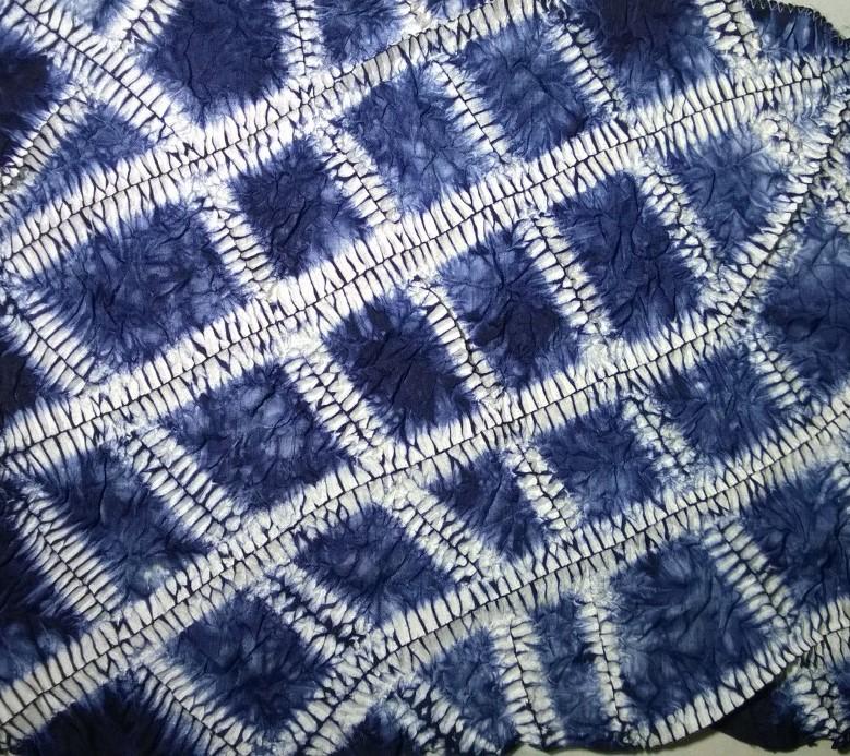 The Printed Fabric Bee: Exploring Hand Stitched Shibori: Ori Nui