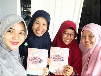 https://kataella.blogspot.co.id/, Ella Nurhayati, Shalihah Motherhood, Bang Syaiha, dunia emak-emak, kepenulisan, Love Story Off Birthing, Ramadhan Happy Ala Mahmudah (mamah muda shalihah), Catatan Cinta Pejuang ASI